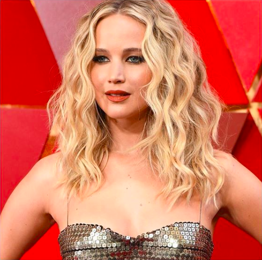 curling irons Jennifer Lawrence
