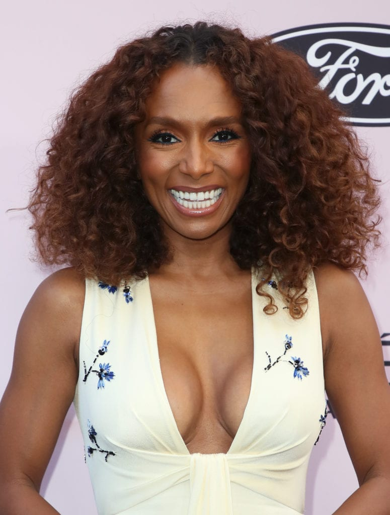 Janet Mock's Curly Lob mid-length haircuts   Mane Addicts